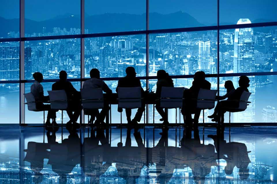 Budaya Persatuan LAWAN Budaya Syarikat Perniagaan